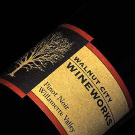 Walnut City Wineworks Willamette Valley Pinot Noir 2015