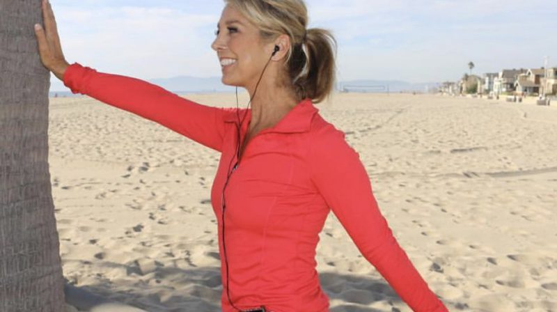 Why Stretching After You Walk Is Important And 3 Walking Stretches To Try