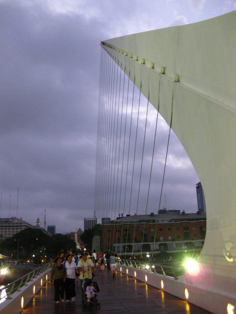 Puente de la Mujer, Puerto Madero