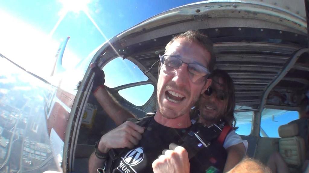 Skydiving in San Diego