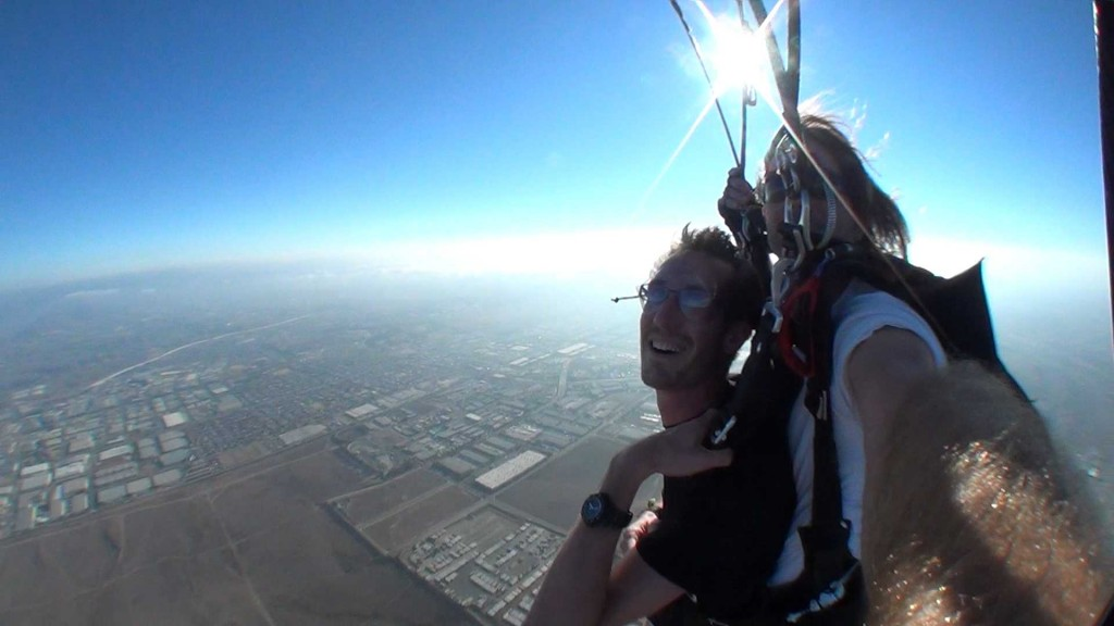 Skydiving in San Diego