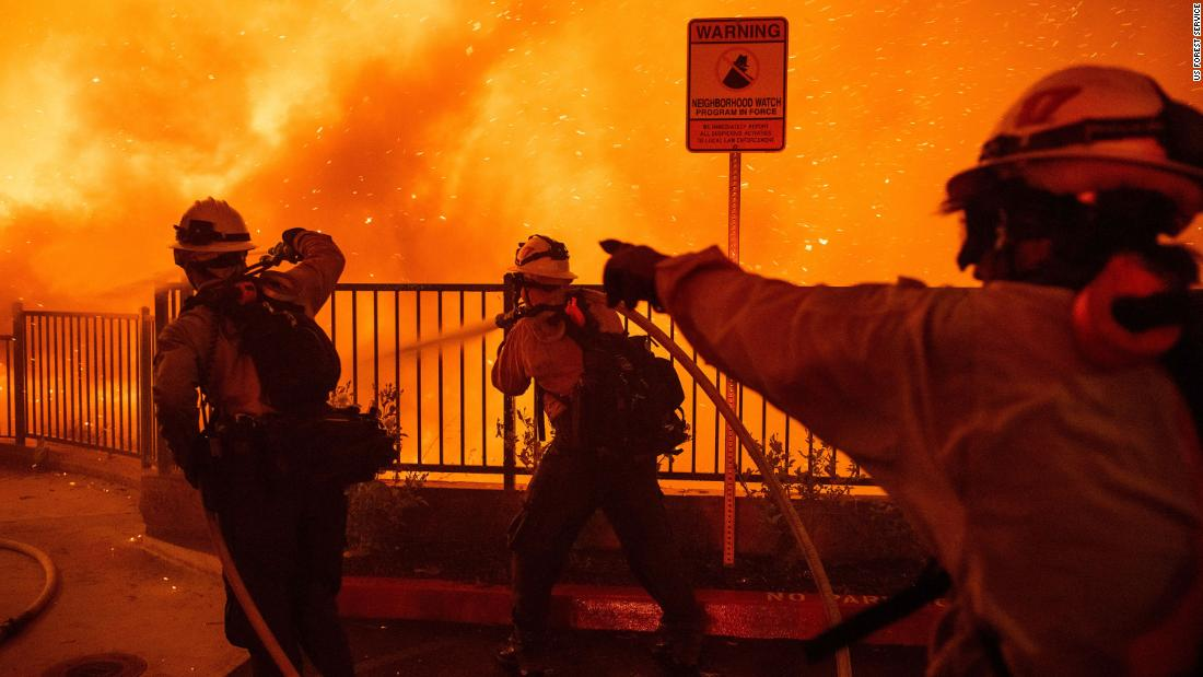 RT @CNN: California firefighters are…