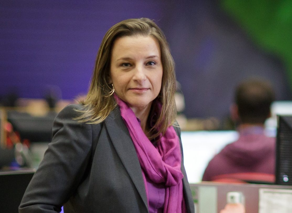 Luciana Marangoni, diretora de jornalismo da RPC. Foto: Divulgação.