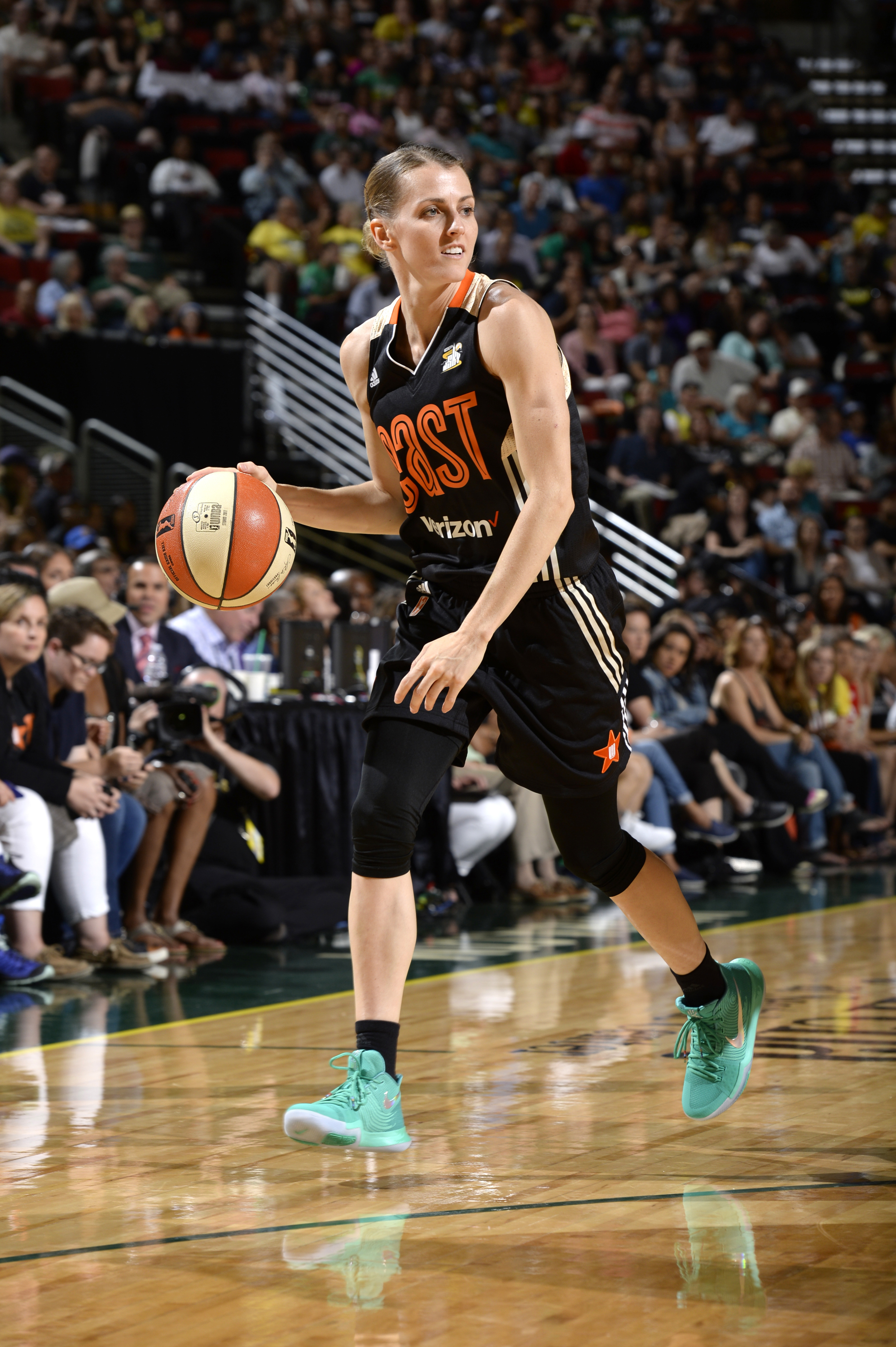 Chicago Sky's Allie Quigley Named 2015 WNBA Sixth Woman of the Year