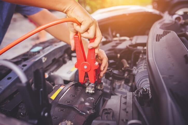 Cuánto dura la batería de un auto: 11 hábitos para vida útil