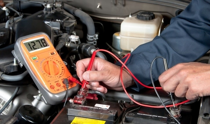 Cómo saber si la batería de mi auto está fallando