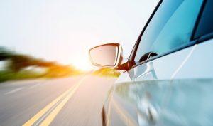 Conoce tu vehículo: tipos de espejos del auto