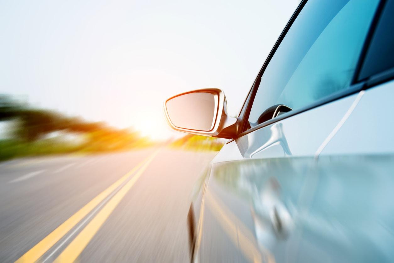 Conoce tu vehículo: tipos de espejos del auto2