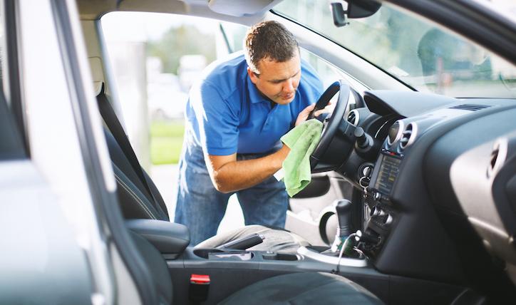Déjalo como nuevo: cómo limpiar asientos de autos manchados