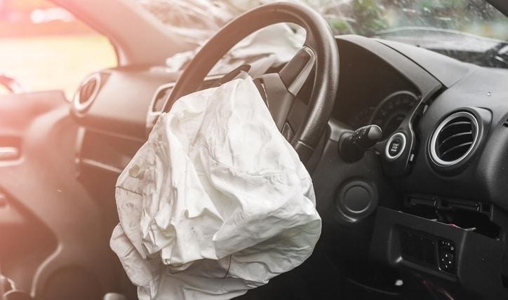 Conoce tu auto: cómo saber si los airbags están reventados