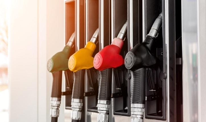 Cómo saber qué bencina usa mi auto