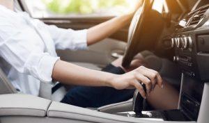 Tips de conducción: cómo manejar un auto automático