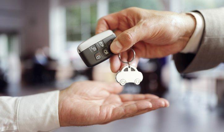 Cuál es la documentación necesaria para transferir un auto