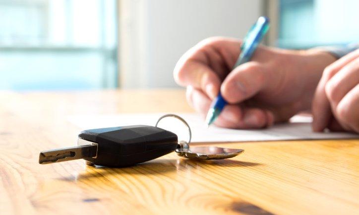 Qué hacer con el seguro cuando vendes el auto