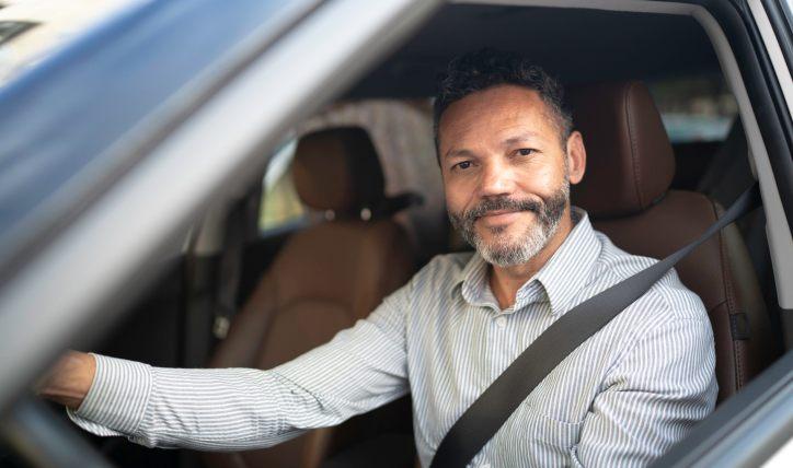 Autos para Uber: ¿Qué características deben tener?