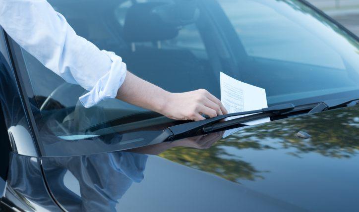 ¿Cuándo y cómo ocurre la prescripción de multas de tránsito?