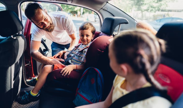 7 signos de que necesitas un auto familiar