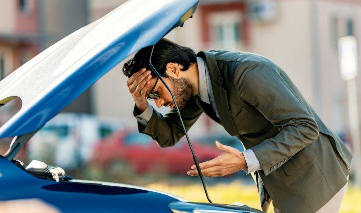 El auto se apaga solo: ¿cuáles pueden ser las razones?
