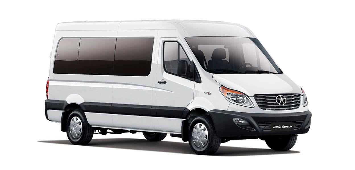 Resultado de imagen para minibus hasta 17 pasajeros