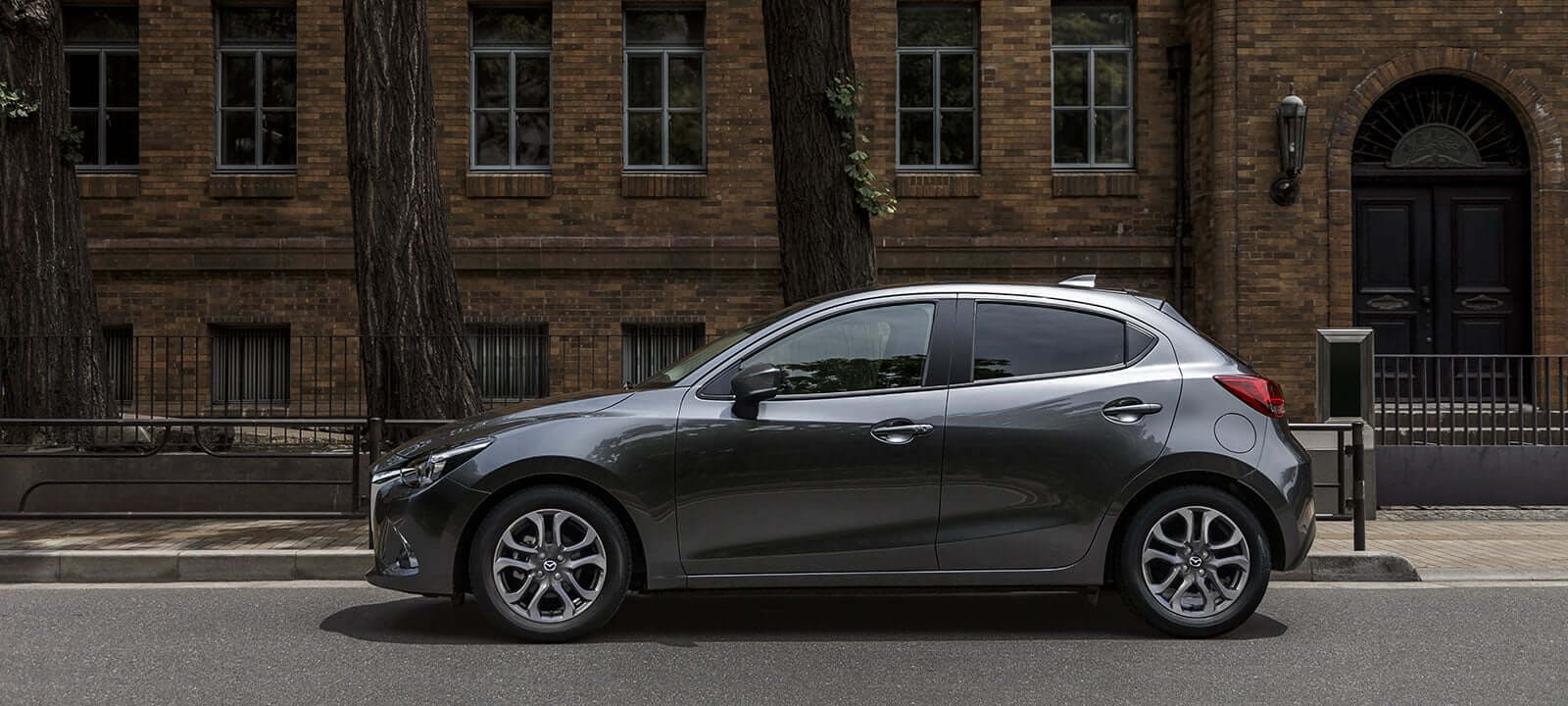 Mazda New Mazda2 Sport 1.5L V 6MT - Galería interior - imágen 0