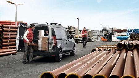 Renault Nueva Dokker III, Amplios espacios ¿Necesitas espacio? Renault DOKKER piensa en grande y ofrece amplios espacios para carga y comodidad de conductor y pasajero.