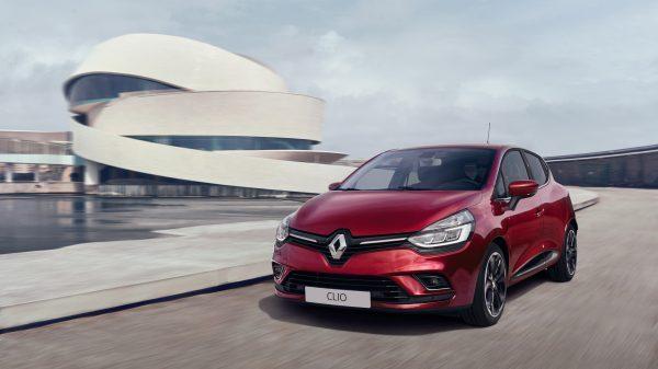 Renault Clio , Experimenta la innovación Haz la vida más fácil. Renault CLIO es un automóvil inteligente que pone a tu disposición una serie de elementos tecnológicos para facilitar la conducción. Todo lo que tienes que hacer es disfrutar.