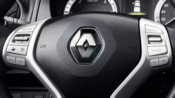 Renault ALASKAN Conectividad y sistema de teléfono manos libres