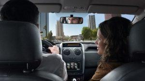 Renault Duster, Experimenta la tecnología Disfruta de características confiables y útiles a bordo de Renault Duster. Te encantará su cámara con sensor de retroceso y el sistema multimedia integrado MEDIA NAV.