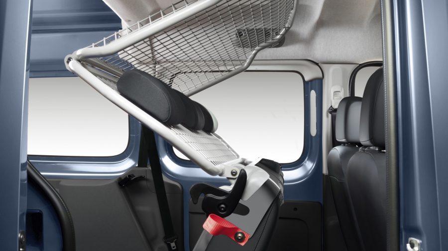 Renault KANGOO, Versión de cabina alargada