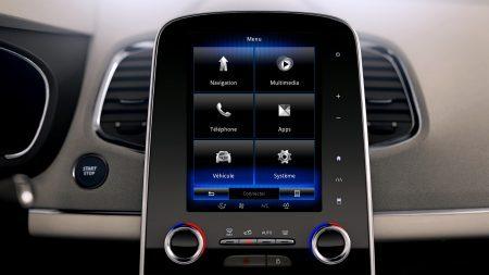 Renault: Nuestros sistemas multimedia, R-LINK 2 Descubre nuestra nueva, intuitiva e innovadora tablet conectada.