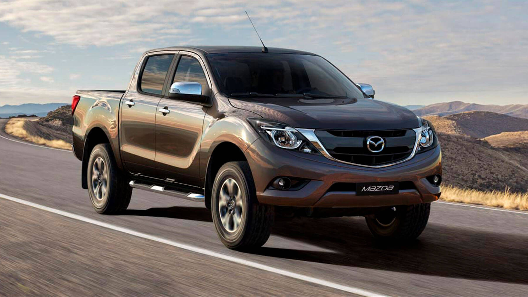 Mazda Mazda BT-50 Doble Cabina 2.2 SDX High 6MT 4x4 Diésel (E5) RADIO MULTIMEDIA - Galería interior - imágen 0