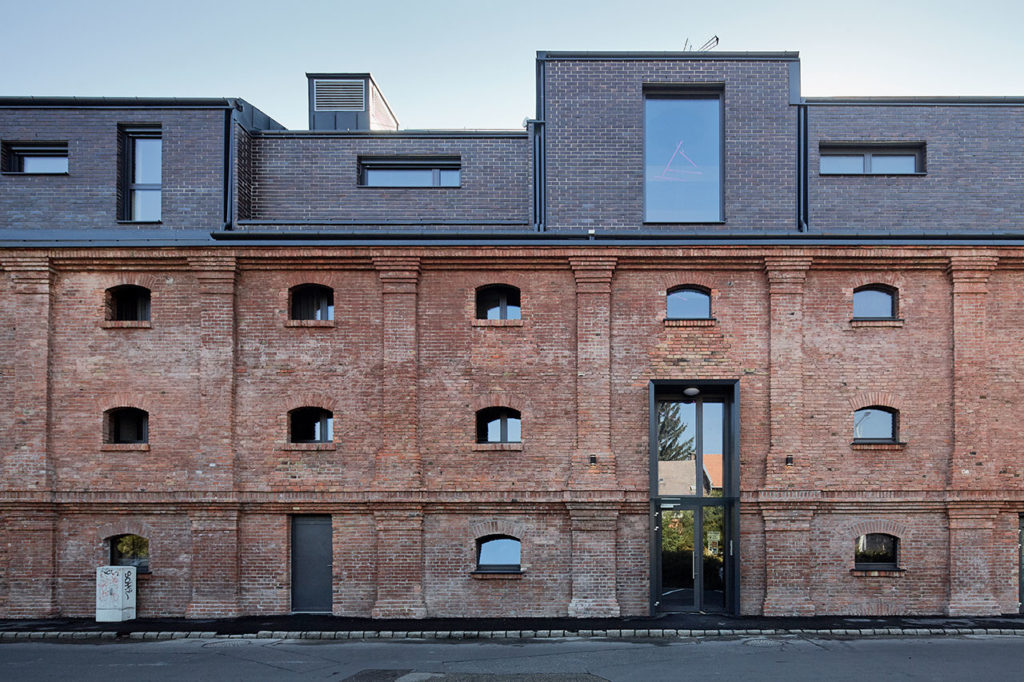 Forced pause: restoration of a 19th century mill