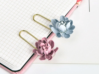 Pretty Flower Paper Clips