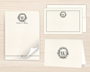 Classic Wreath Initial Stationery Set