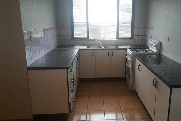 4 Bedroom Flat For Rent