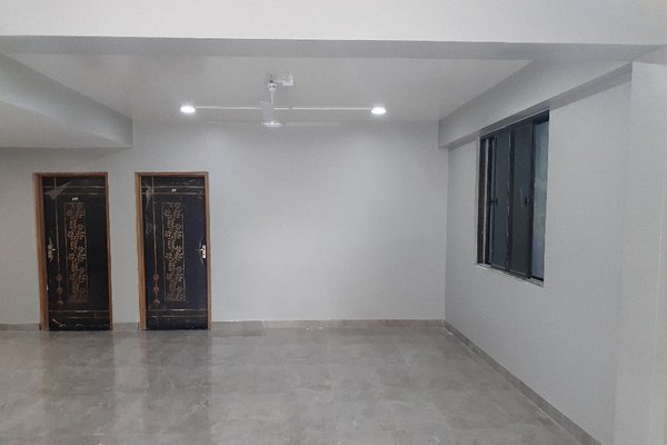 3 bedroom bottom flat for rent