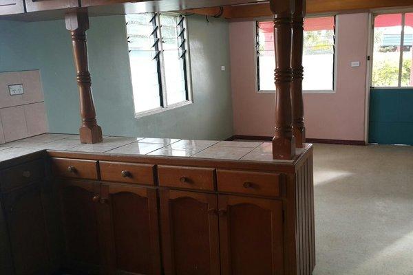 Cozy 2 Bedroom Home For Rent