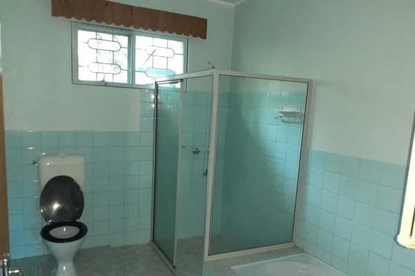 3 bedroom (1 master ) for rent