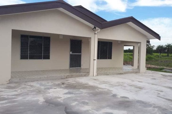 3 Bedroom Freehold House