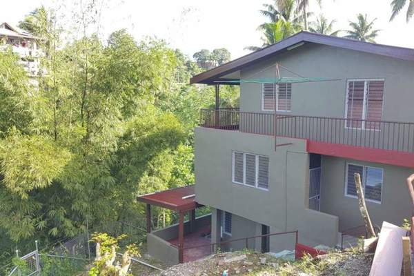Five Flats Freehold Investment Property!
