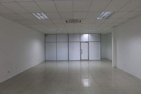 2 Office Spaces For Rent