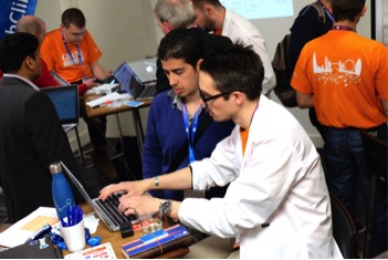 First-Hand Help at the GraphClinic at GraphConnect Europe Sponsored by Neo4j