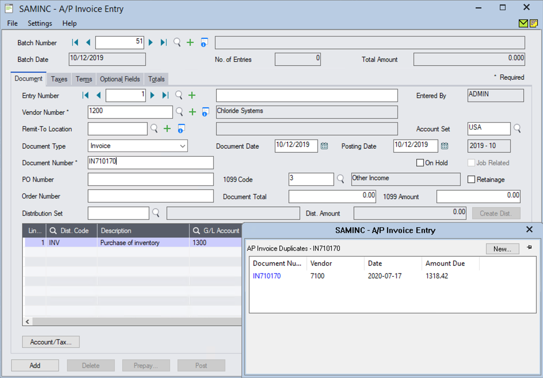 Matching invoices are displayed in a grid.