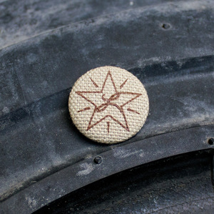 Brown Star / Khaki Cloth Pin thumb