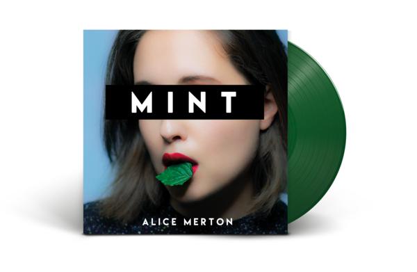 Am vinyl mockup 02 green nc