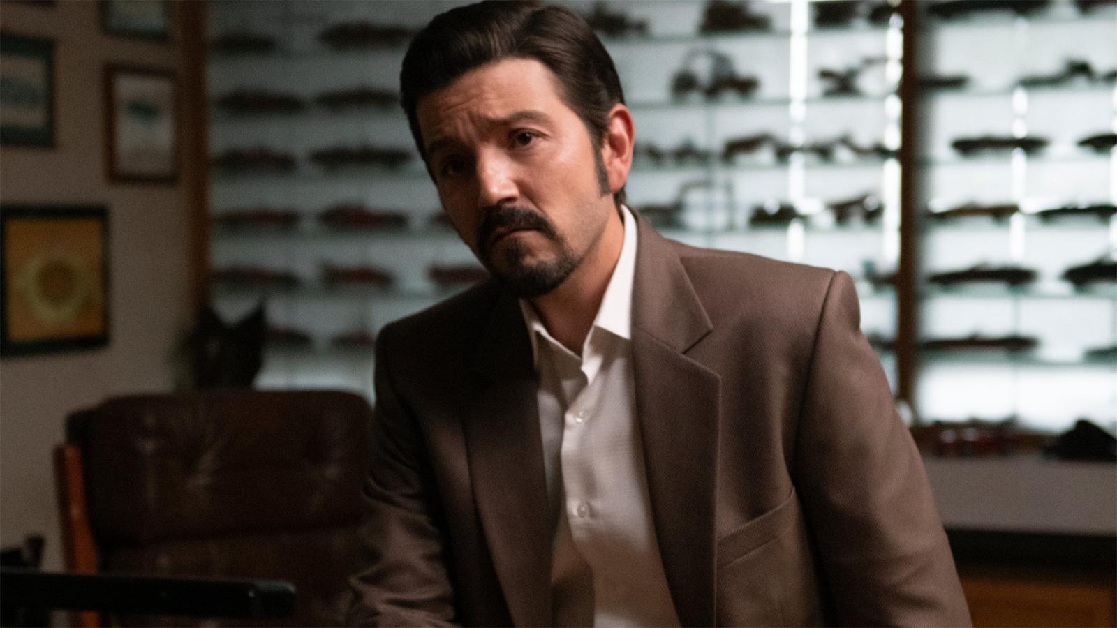 Diego Luna in Narcos Mexico