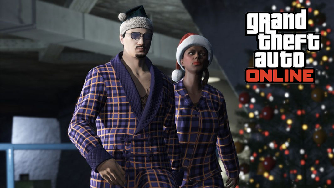 GTA Online characters with christmas clothes next to a christmas tree