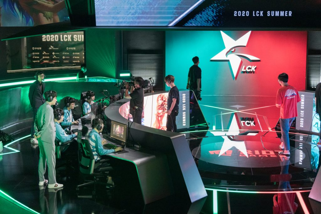 The LCK is finally following the LPL, LCS, and LEC into franchising in 2021.