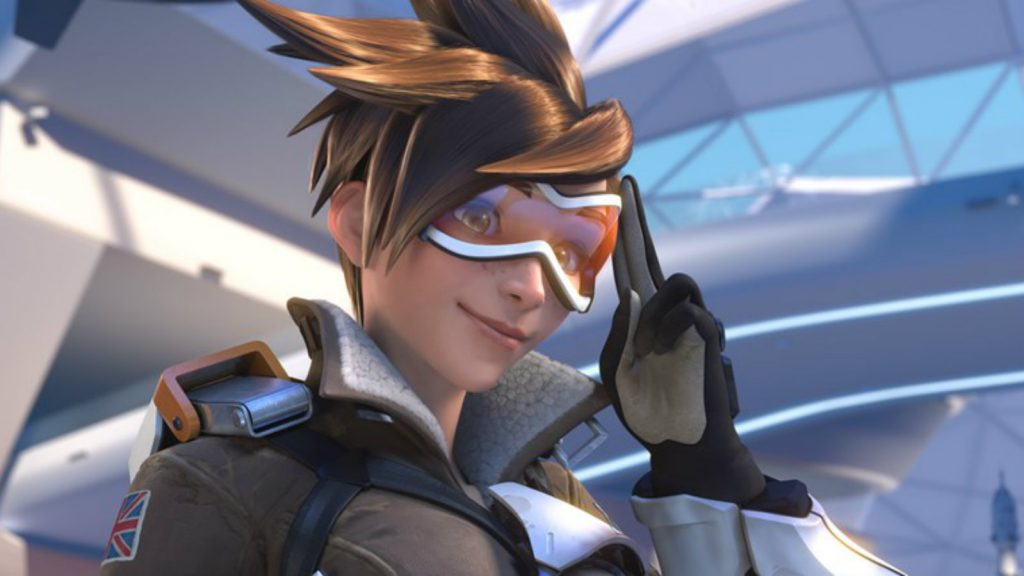 Tracer salutes