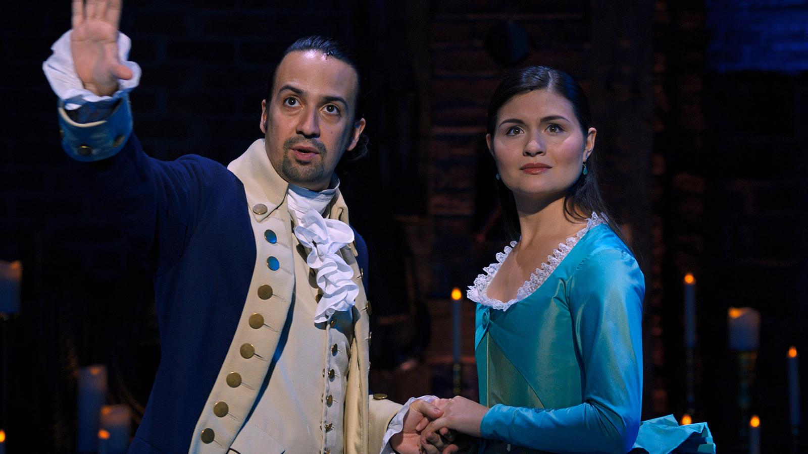 Lin-Manuel Miranda appears as Hamilton alongside Phillipa Soo as Eliza.